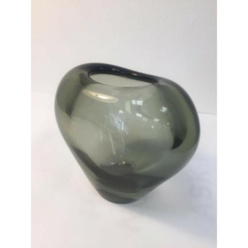Holmegard Vase 3.jpg
