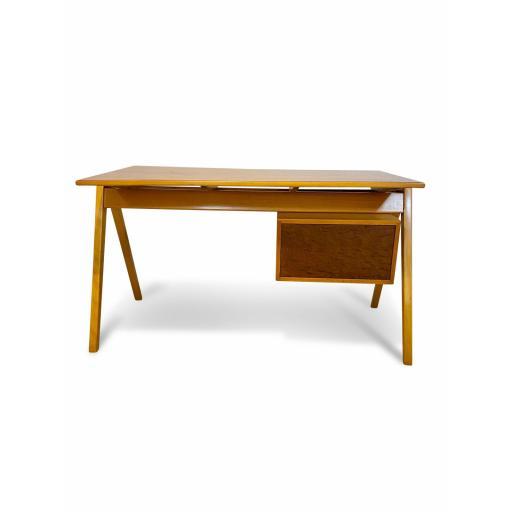Hill desk 5.jpg