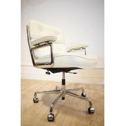 Eames white office Chair 5.jpg