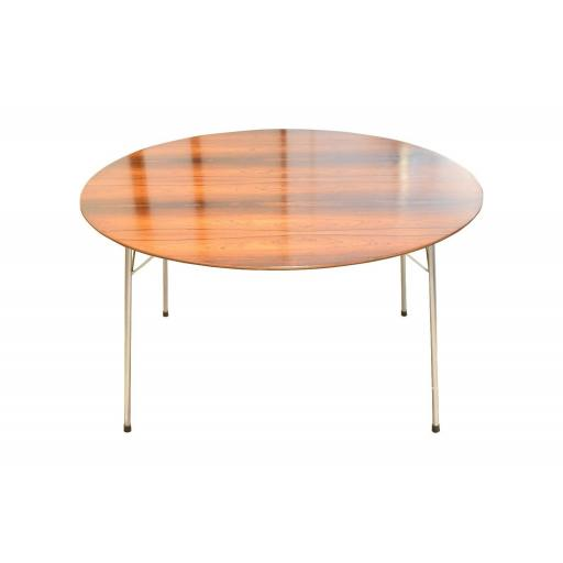 Arne Jacobsen Rosewood Dining Table for Fritz Hansen, Model 3600