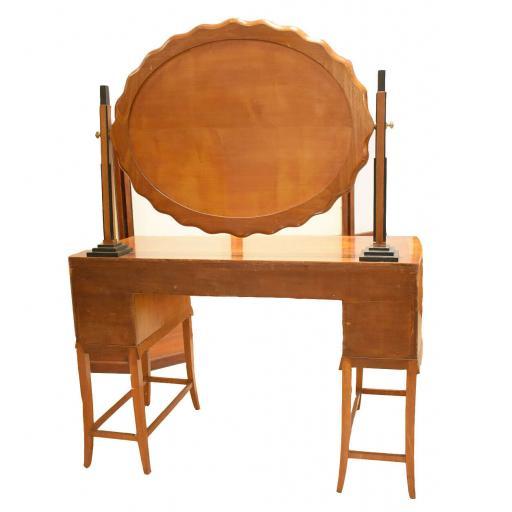 dressing table by Herbert Richter 3.jpg