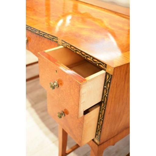 dressing table by Herbert Richter 5.jpg