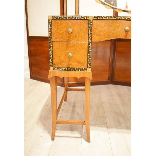 dressing table by Herbert Richter 4.jpg