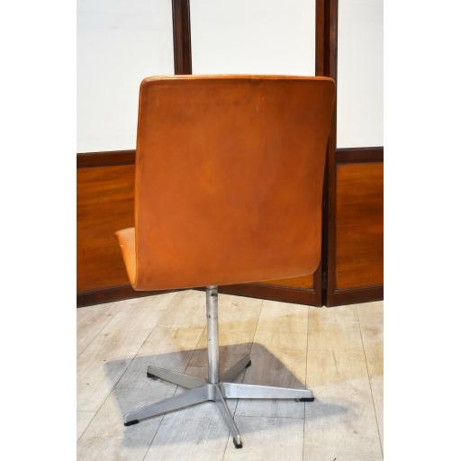 Arne Jacobson Chair 6.jpg
