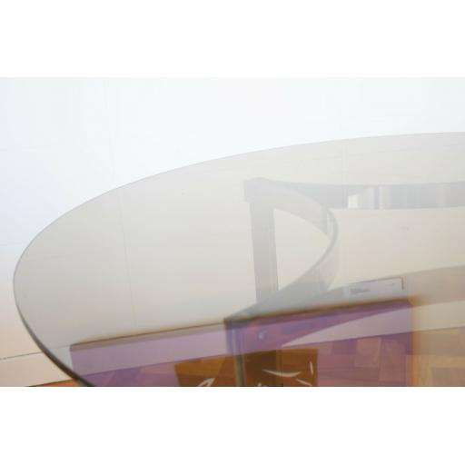 Table Merrow Glass 4.jpg