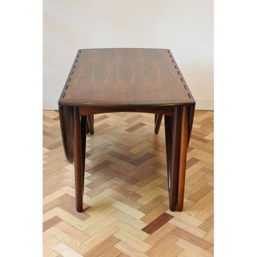 Neils Table 5.jpg
