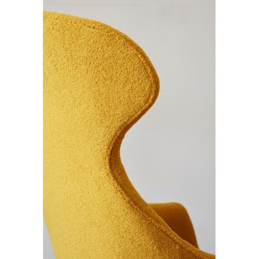 Eva Yellow 6.jpg
