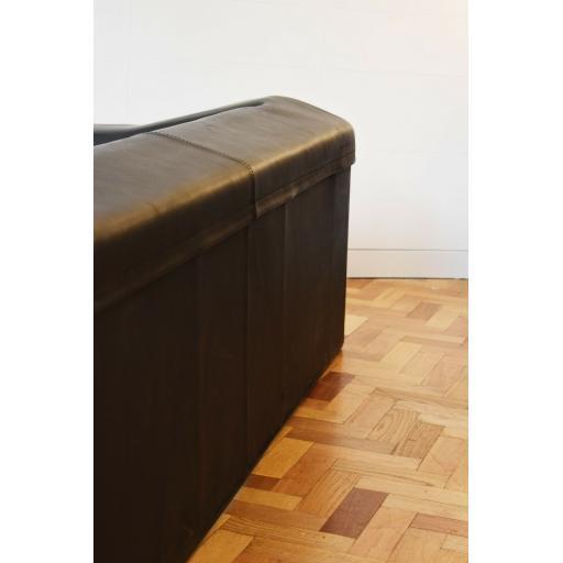 The skin sofa 4.jpg