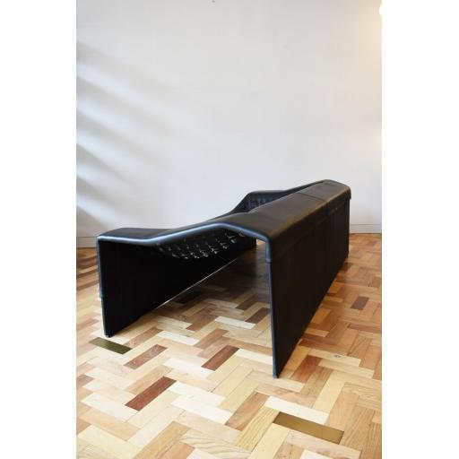 The skin sofa  3.jpg